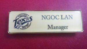 name tag cửa hàng