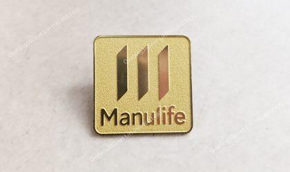 Huy hiệu đồng ăn mòn manulife