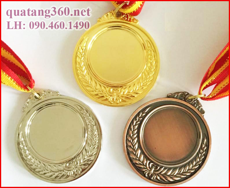 Mặt sau huy chương vàng bạc đồng