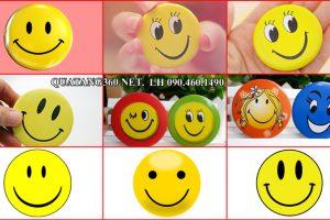 huy hiệu nhựa hình mặt cười