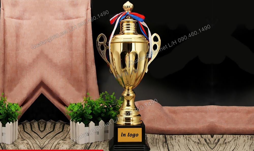 Cúp bóng đá thể thao kim loại mạ vàng