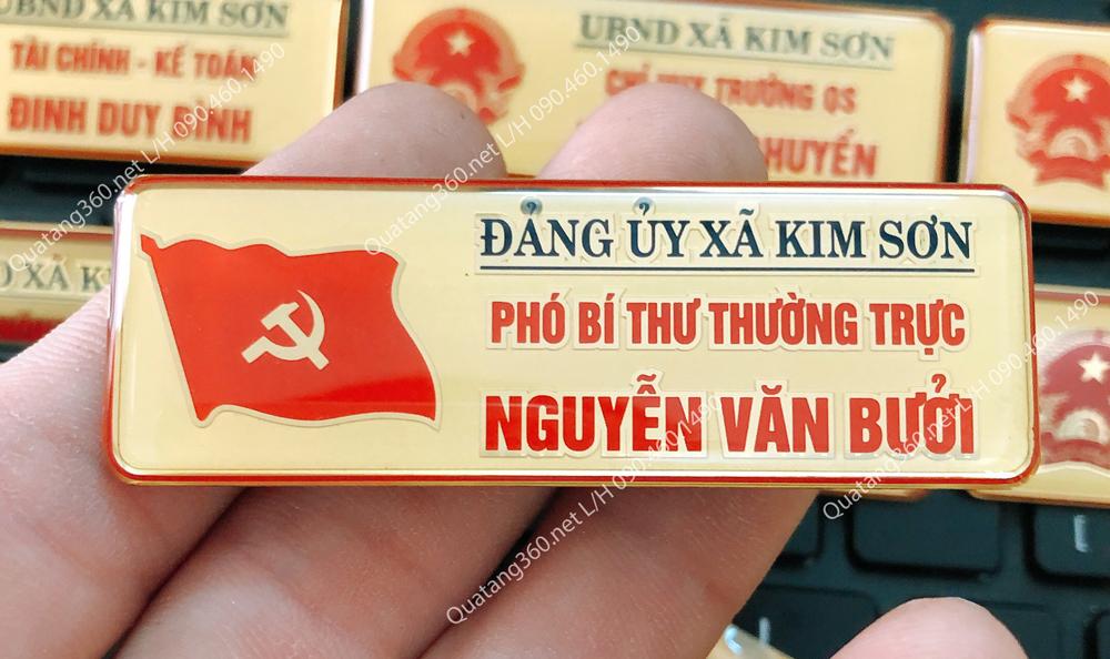Thẻ tên cán bộ đảng ủy xã Kim Sơn