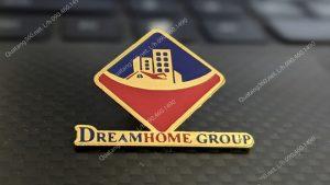 huy hiệu mạ vàng hình logo dream home